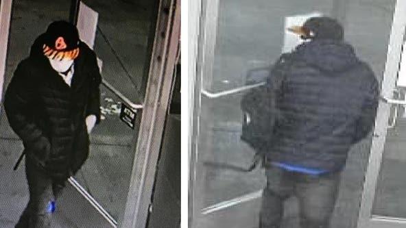 Deputies seek help identifying suspect in Lynnwood gas station homicide