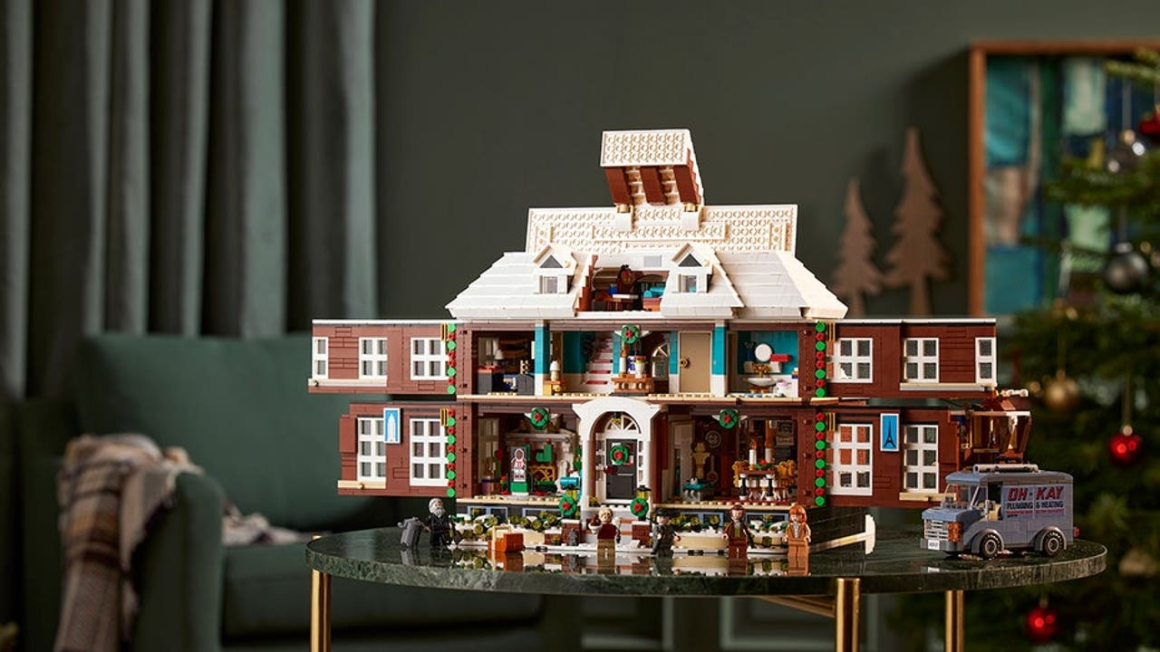 Lego reveals 3,955-piece 'Home Alone' set — here's how much it'll cost