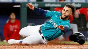 Angels deliver blow to Mariners' playoff hopes with 2-1 win