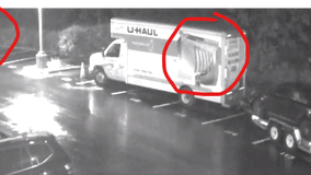 Thief in Tukwila steals car and U-Haul packed with family's belongings for move