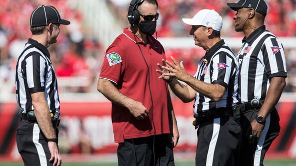 Washington State fans supporting team after Rolovich move