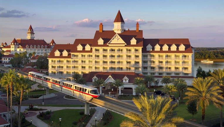 ba3aabc4-disney-grand-floridian-resort_1465963697012-402429.jpg