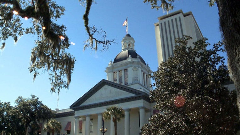 STATE CAPITOL TALLAHASSEE-401385