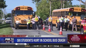 6 students have minor injuries from bus crash in Orlando