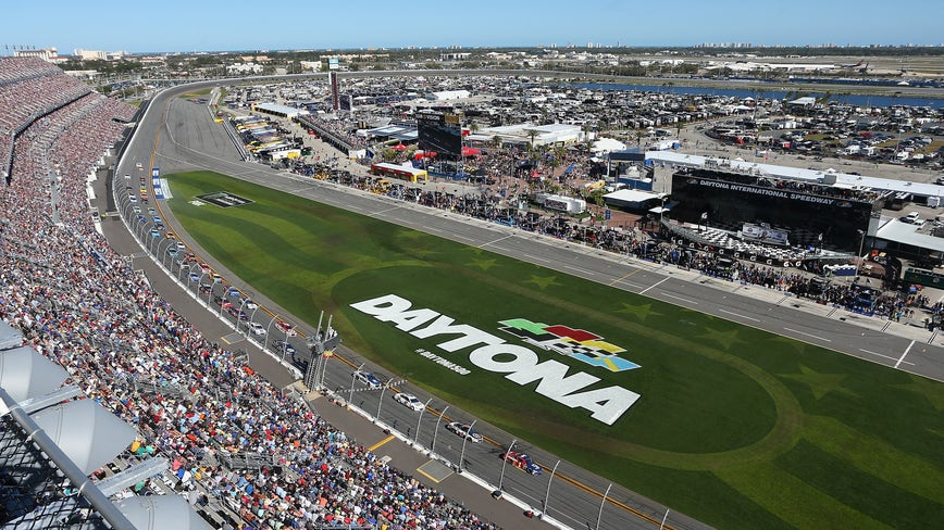 IMSA WeatherTech race: Fans back in stands at Daytona International Speedway for July 4 race
