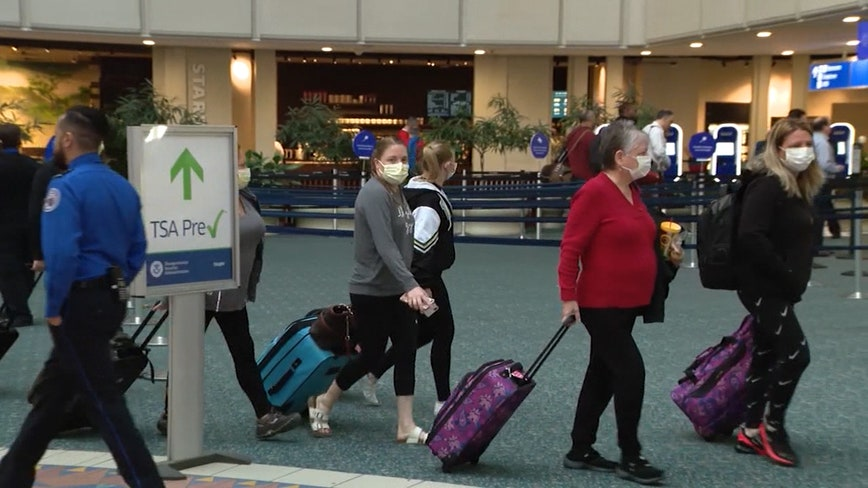 Proposed bill would have TSA perform temperature checks before flights