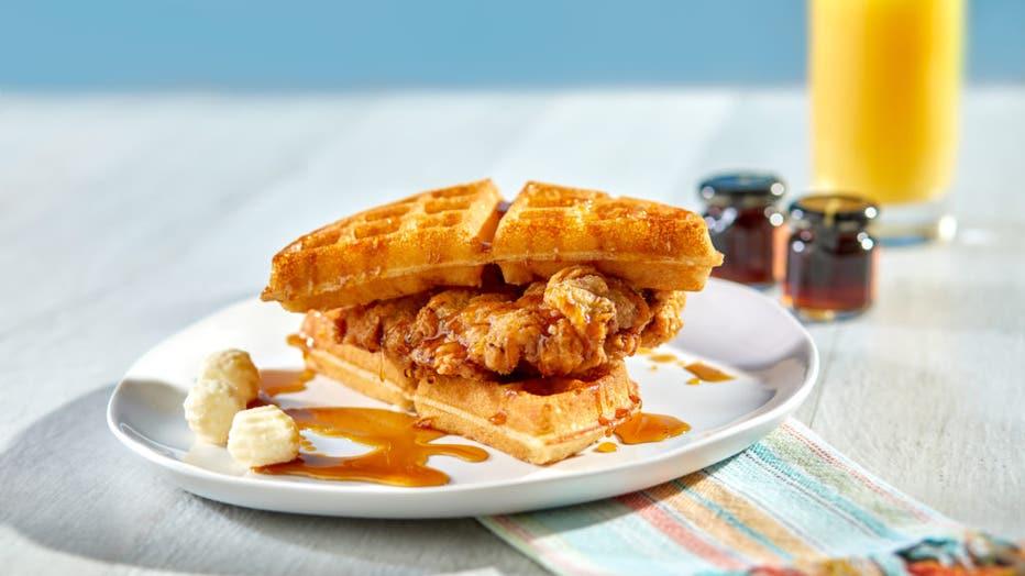 01_Pier-8-Market-Chicken-and-Waffles-1024x683.jpg