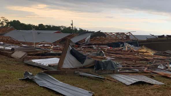 Possible tornado tears through Suwannee County