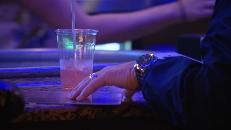 drink-bar-alcohol-rufie-spiked-laced-drugged_1548993614332.jpg