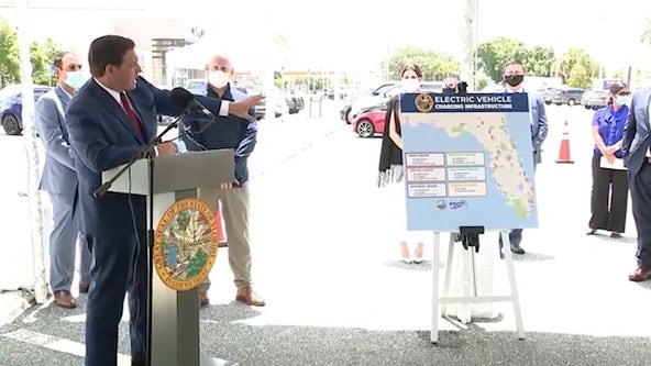 DeSantis: More than 70 Tesla charging stations coming to the Turnpike in Orlando