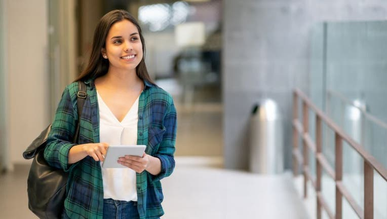 Credible-best-lower-student-loan-rate-iStock-1128235795.jpg