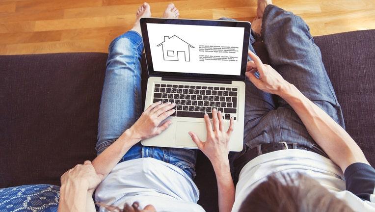 Credible-mortgage-online-shopping-iStock-1048466846.jpg