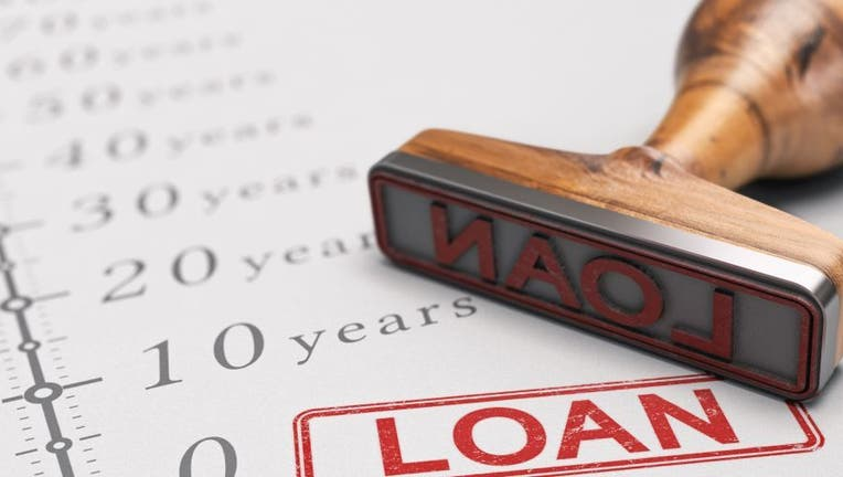 Credible-personal-loan-length-iStock-1174269352.jpg