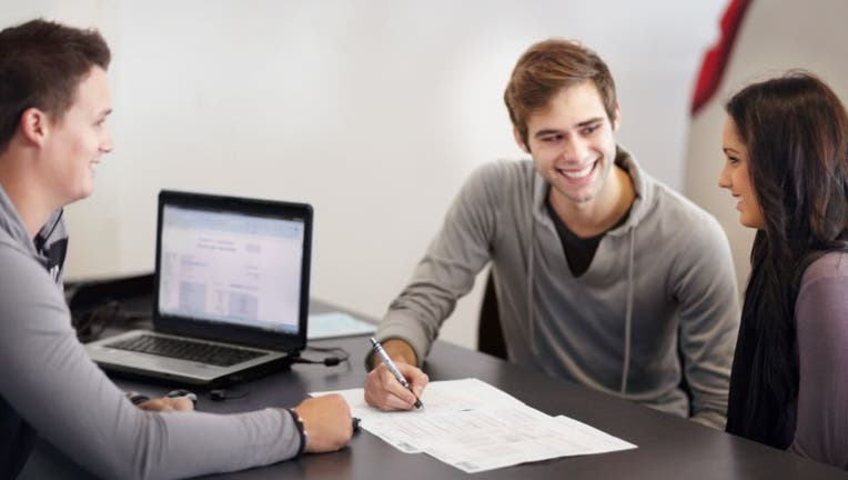 Credible-personal-loan-with-student-debt-iStock-181058781.jpg
