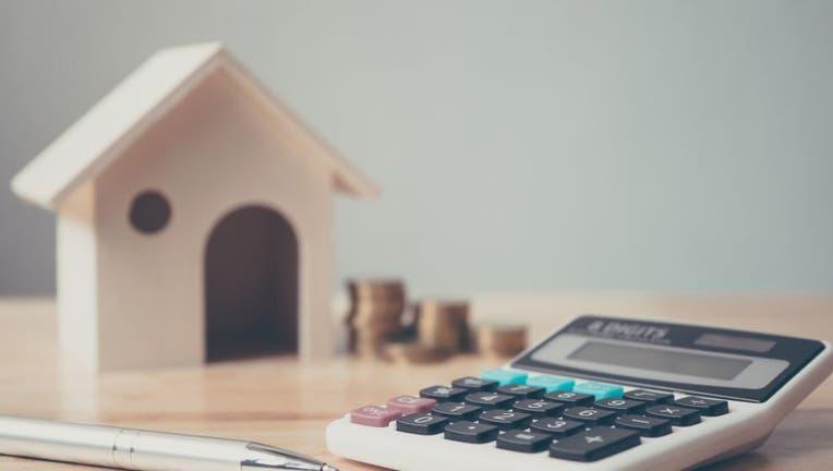 negative-interest-rates-932278678-1.jpg
