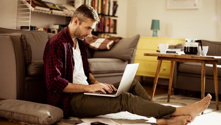Credible-personal-loan-pay-early-iStock-512819146.jpg