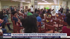 Teachers, Orange County deadlocked over COVID safety