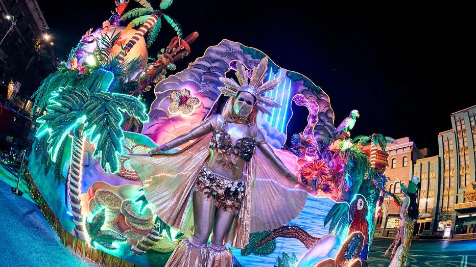 07_Mardi Gras 2021 Universal Orlando Resort