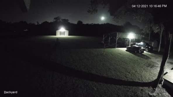 Fireball lights up night sky in Florida