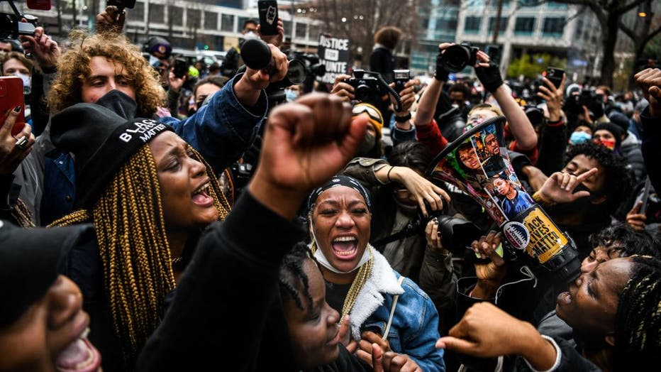 TOPSHOT-US-RACISM-POLICE-TRIAL-RIGHTS