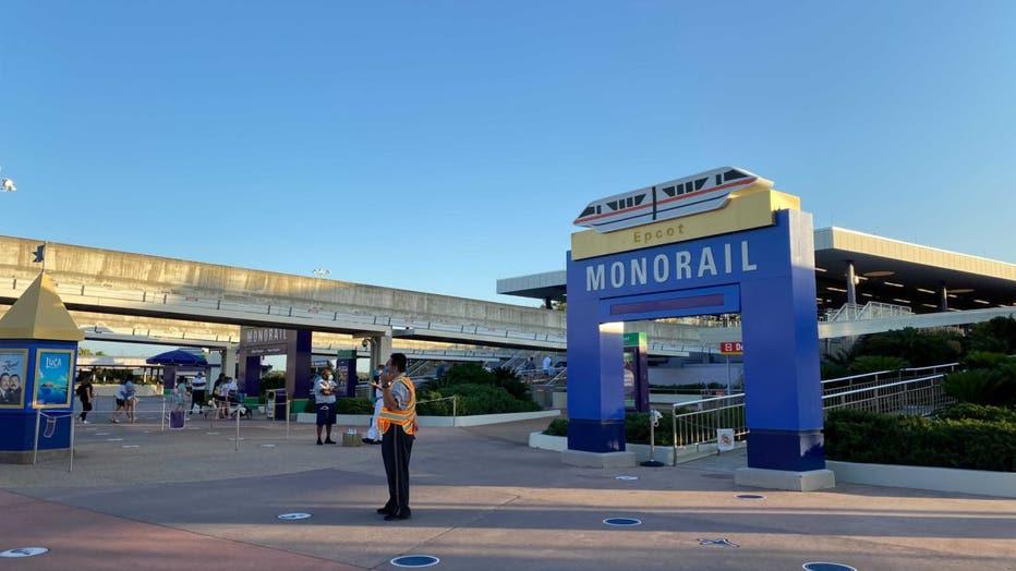 WDWNT-epcot-monorail-archway-1-042821.jpeg.jpg