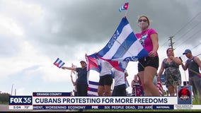 Cubans in America protesting for more freedoms