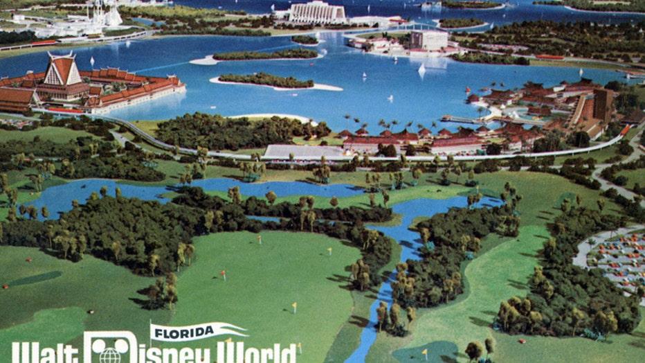 DISNEY PARKS vintage postcard of model 082921