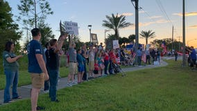 Florida aerospace workers protest federal COVID-19 vaccine mandate
